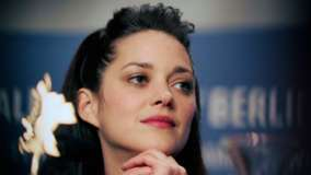 Marion Cotillard Smiling Pink Lips N Blue Eyes Cute Face Closeup