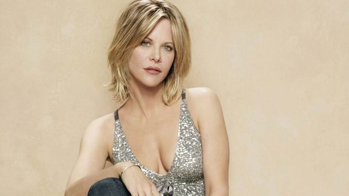 Meg Ryan Looking At Camera Sitting Pose Photoshoot