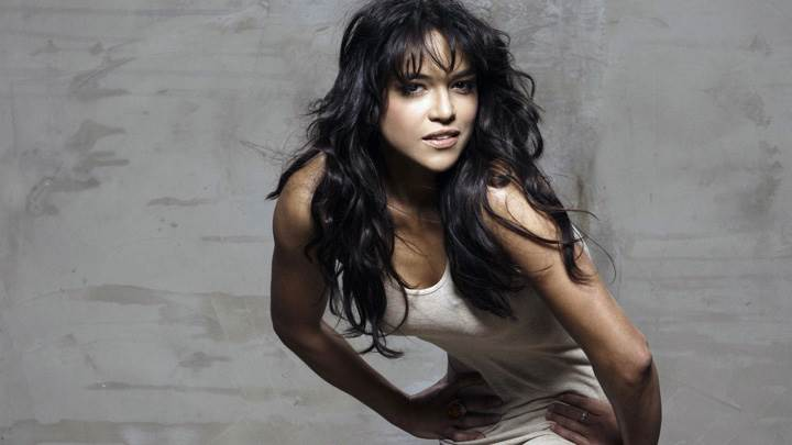 Michelle Rodriguez Naughty Pose In White Nightie