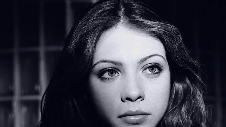 Michelle Trachtenberg Cute Eyes Black N White Face Closeup