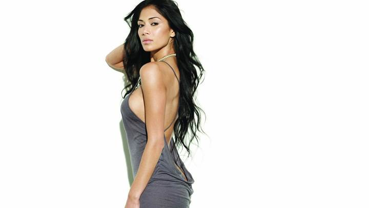 Nicole Scherzinger In Grey Dress Side Pose Photoshoot