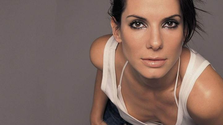Sandra Bullock In White Top N Jeans Wet Lips Photoshoot