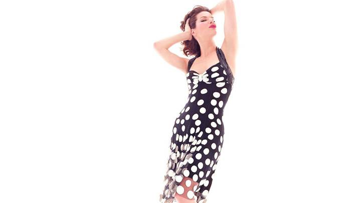 Sandra Bullock Photoshoot In Black Dotted Dress N White Background