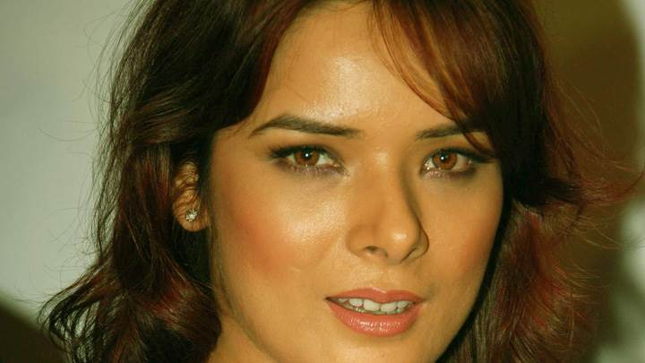 Udita Goswami Pink Lips N Cute Eyes Face Closeup