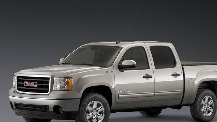 2009 GMC Sierra Hybrid Crew Cab Front Side Pose In Grey