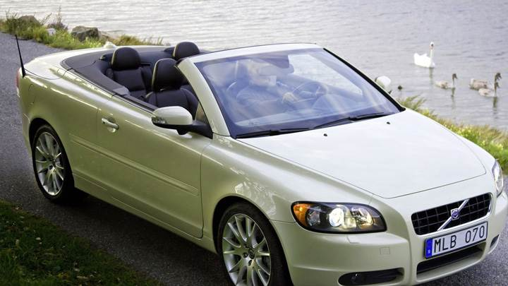 2009 Volvo C70 In White Near River