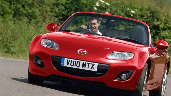 2010 Mazda MX-5 Miyako In Red Running