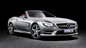 2013 Mercedes-Benz SL Side Front Pose In Siver