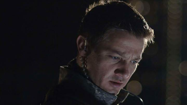 28 Weeks Later – Jeremy Renner Looking Down