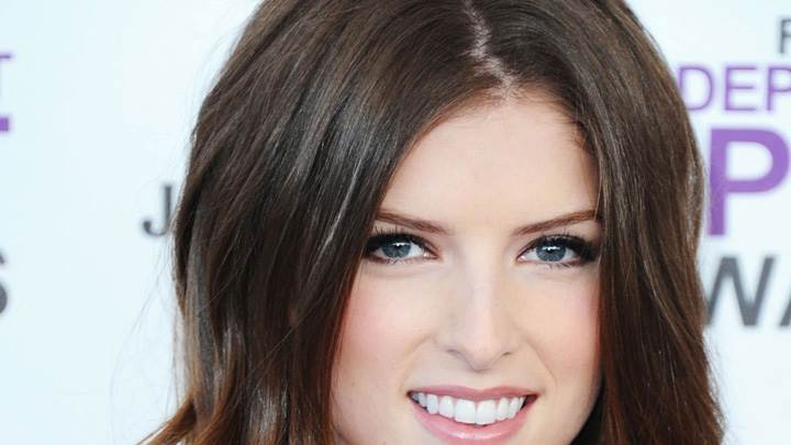 Anna Kendrick Cute Face Closeup At Independent Spirit Awards