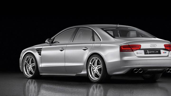 Back Pose Of Hofele Design Audi A8 D4 2010