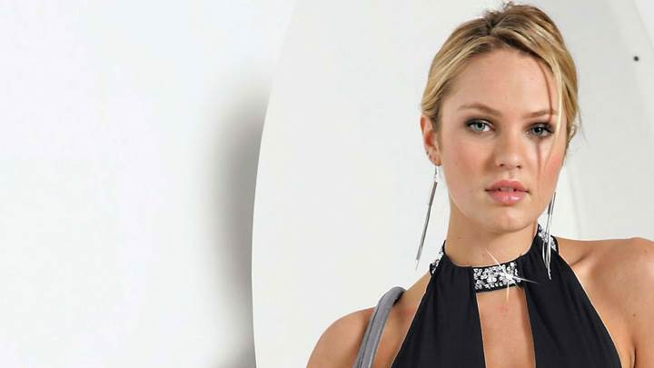 Candice Swanepoel In Black Top N Grey Handbag Front Pose