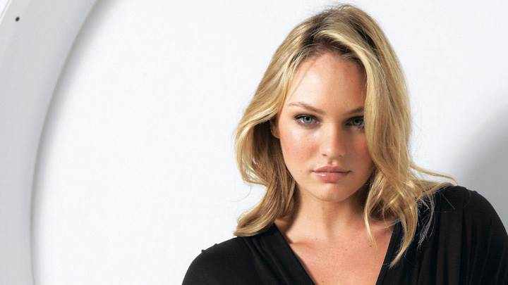 Candice Swanepoel In Black Top Modeling Pose