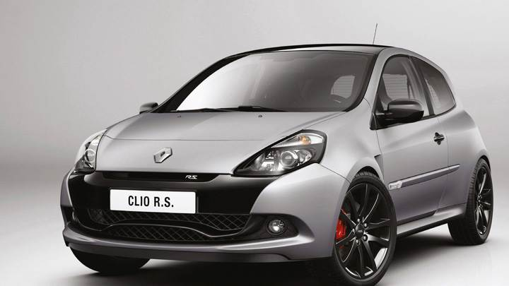 Clio Renault Sport 200 Raider In Grey Front Side Pose