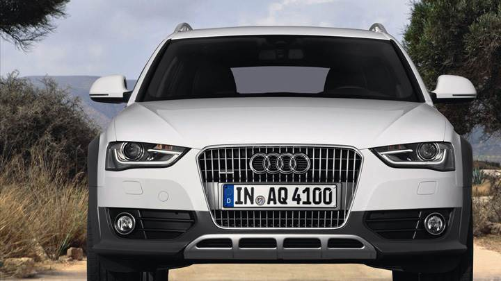 Front Pose of 2013 Audi A4 Allroad Quattro In White