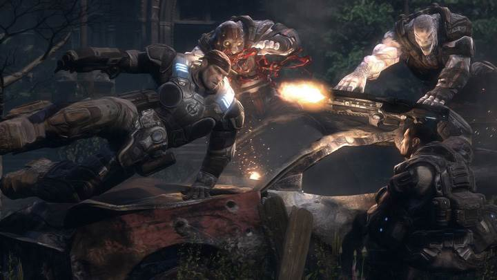 Gears Of War Attacking