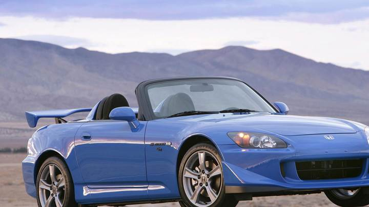 Honda S2000 CR 2009 In Blue Near Hills