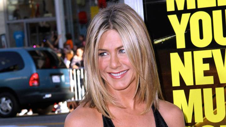Jennifer Aniston Smiling At Horrible Bosses Premiere In Hollywood