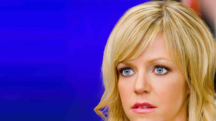Kaitlin Olson Red Lips N Blue Eyes Face Closeup