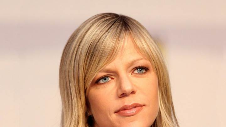 Kaitlin Olson Smiling Brown Lips Face Closeup