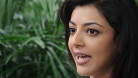 Kajal Aggarwal Talking N Open Mouth Side Face Closeup