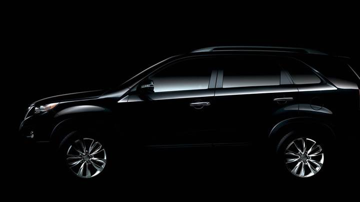 Kia Sorento 2011 Side Pose In Black
