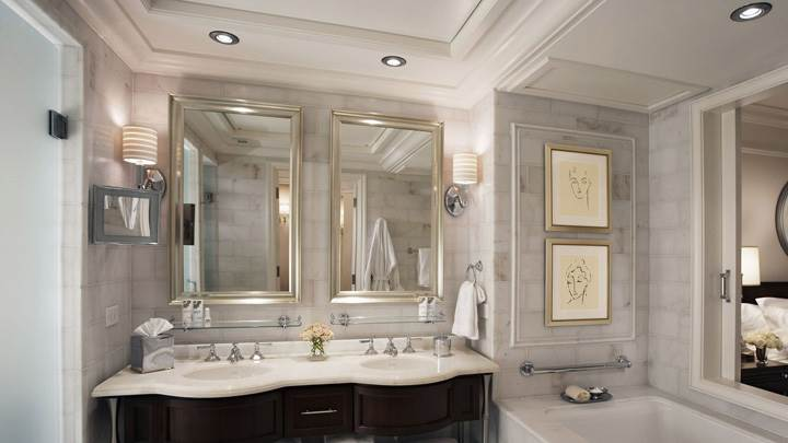 Luxry White Bathroom
