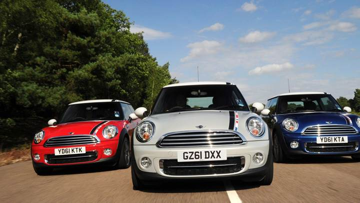 Mini London 2012 Edition In Red White N Blue Running