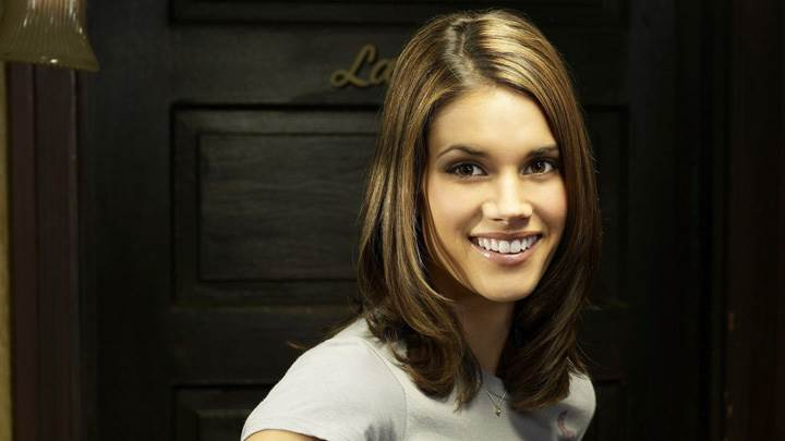 Missy Peregrym Sweet Smiling Face Photoshoot In Reaper