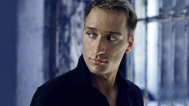 Paul Van Dyk Looking Side In Black Shirt Photoshoot