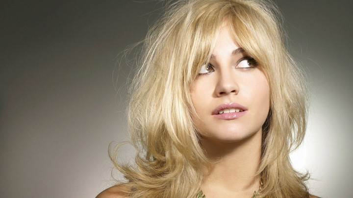 Pixie Lott Cute Face N Wearing Necklace Front Photoshoot