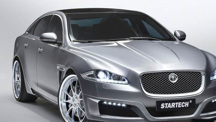 Jaguar XJ Top Front Pose In Grey