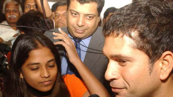 Sachin Tendulkar Side Face Closeup