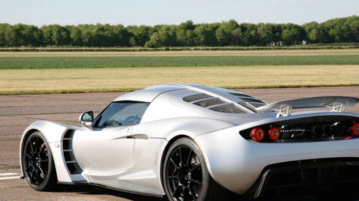 Side Back Pose Of 2011 Hennessey Venom GT In Silver