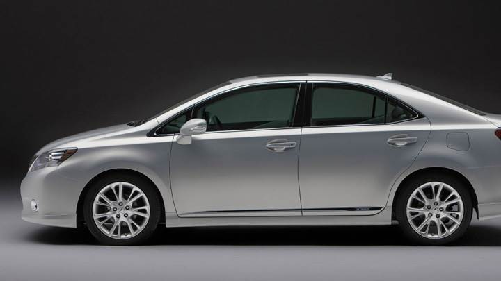 Side Pose Of 2010 Lexus HS 250H In Grey