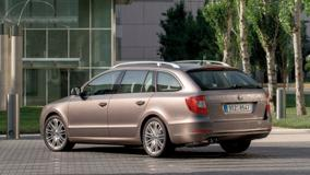 Skoda Superb Combi in Brown Outside The Hotel