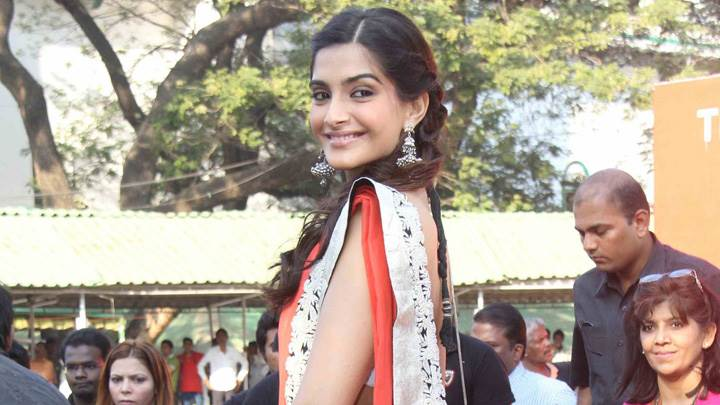Sonam Kapoor Looking Back At Hello Classic Race