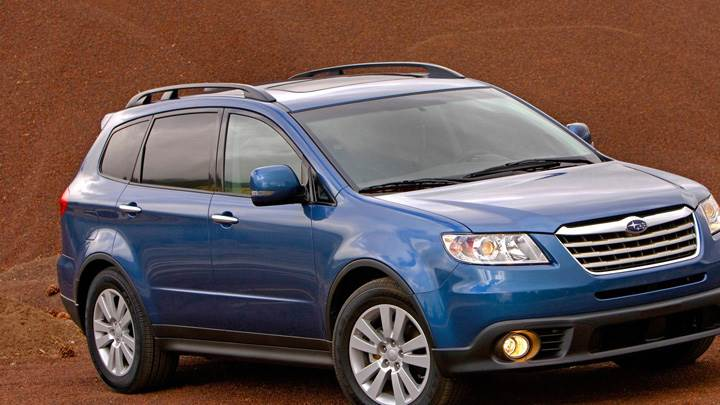 Subaru Tribeca In Blue Front pose