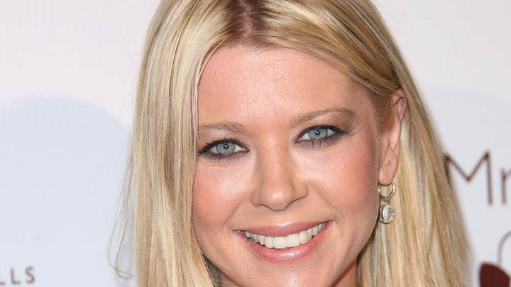Tara Reid Smiling Face Closeup At Beverly Hills