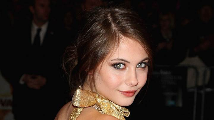 Willa Holland Looking At Camera Cute Face Closuep At Genova Premiere