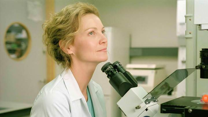 Yes – Joan Allen In Laboratory