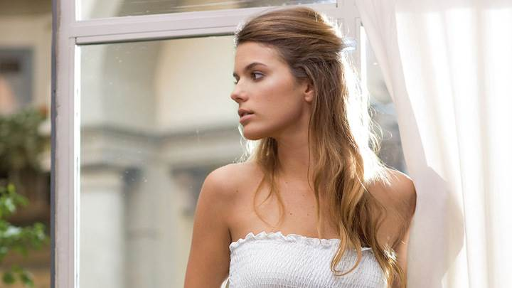 Yesica Toscanini Looking Side In White Dress Front Pose Photoshoot
