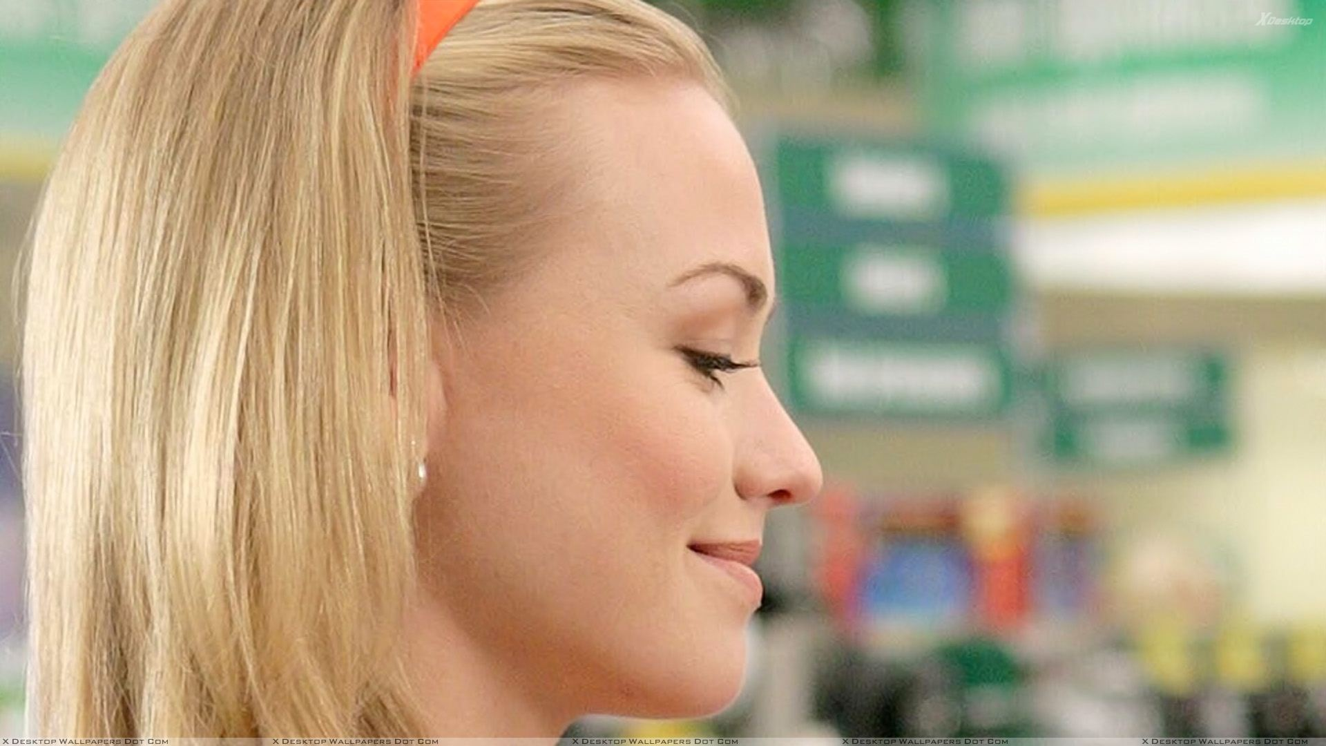 Yvonne Strahovski Smiling Side Face Closeup