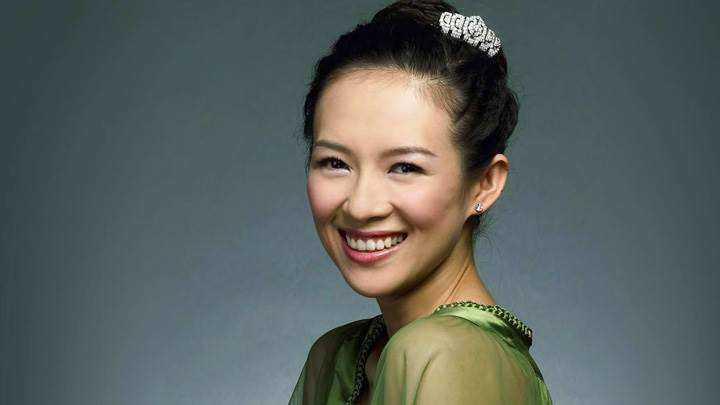 Zhang Ziyi Laughing In Green Dress Side Pose