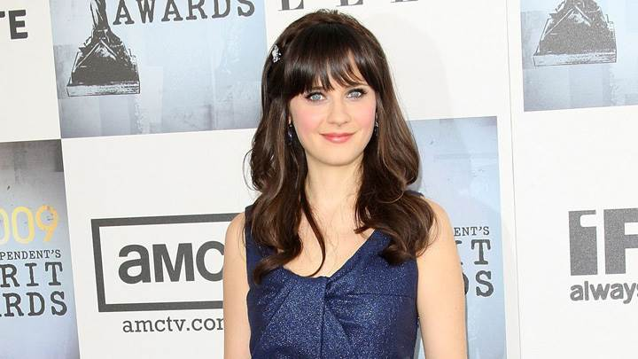 Zooey Deschanel Smiling At 24th Annual Film Independents Spirit Awards