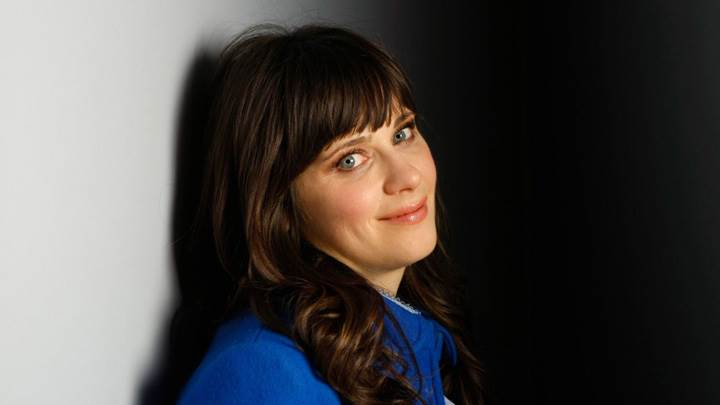 Zooey Deschanel Smiling Cute Eyes N Side Pose Photoshoot