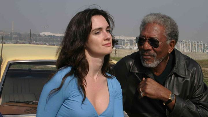 10 Items or Less – Morgan Freeman and Paz Vega Sitting On Car
