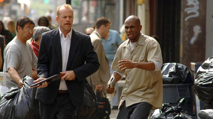 16 Blocks – Bruce Willis and Mos Def