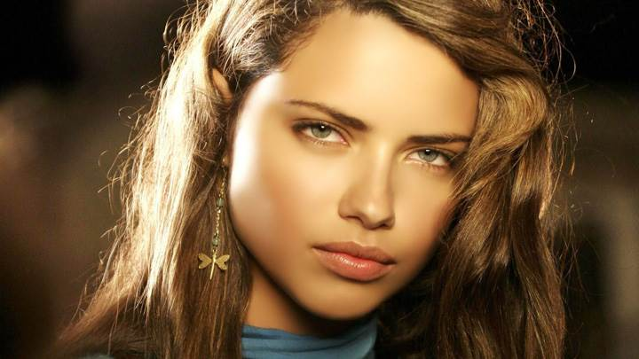 Adriana Lima Looking At Camera N Wearing Butterfly Earings