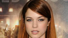 Alexis Knapp Front Face Closeup in Los Angeles